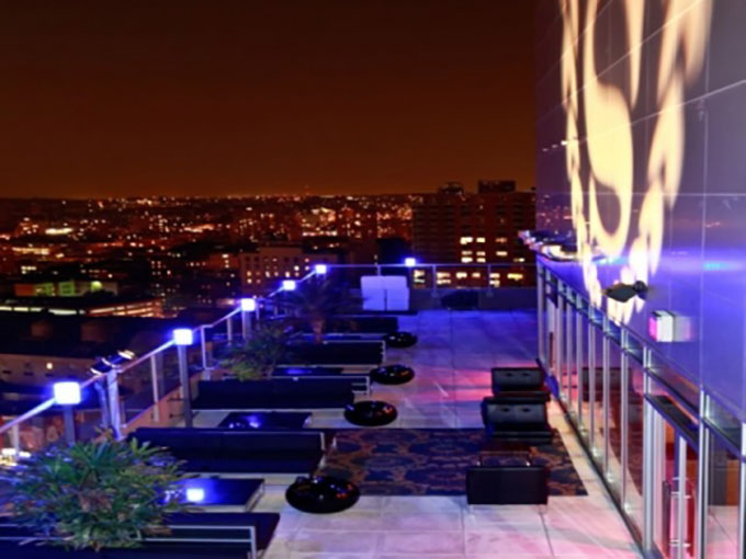 Top 5 Brooklyn Boutique Hotel RoofTop Bars For Firework Viewing
